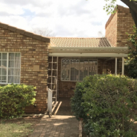 Brummeria Renaissance 1 Slaapkamer Aftree Oord / 1 Bedroom Retirement Village Pretoria East Oos