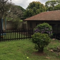 PERFECT LOCATION & LOADS TO OFFER !! House in Farningham Ridge, Pinetown
