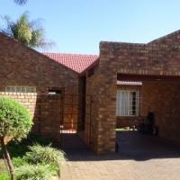 3 Bedroom Townhouse in Doornpoort  - R 840 000