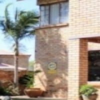 Three bedroom home with lovely pool for sale in Annlin, Sinoville area, Pretoria