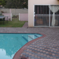 LOvely 4 Bedroom double storey house to rent