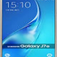 J7 (2017) Samsung 16GB GOLD for 2100 Excellent condition with charger, earphone and box