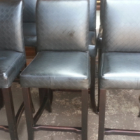 6 Classic Bar Chairs
