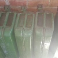 5 x diesel Jerry cans