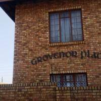 Modern 3 Bedroom Apartment in Brakpan - Available 01 November 2017