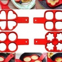 4 hole crumpet maker
