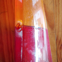 FORD 17M / 20M 1969 TO 1972 RIGHT  GENUINE TAIL LAMP LENS