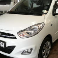 2013 Hyundai i10 GLS A/T with ONLY 73000Km's,Full Service History, Central Locking