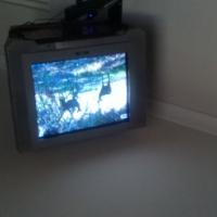 AIM 57cm colour tv