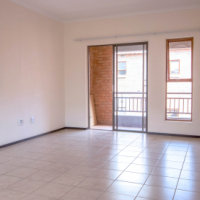2 Bedroom TownHouse in Olivedale