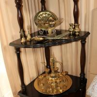 Ornament pedestal