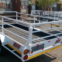 NEW 3M,4M,3.5M CATTLE,5M CAR TRAILERS SALE TODAY.(HOOK&GO)