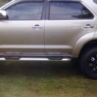 Toyota Fortuner v6
