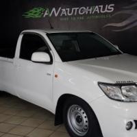 TOYOTA HILUX 2.0 VVTI      WHITE   2012