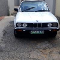 BMW 318i : 1985 model