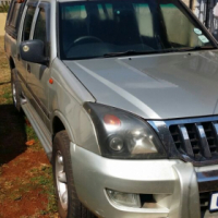 Hi I have a 2008 Gonow double cab 2.2i  lfor sale still in very good condition   accident free with