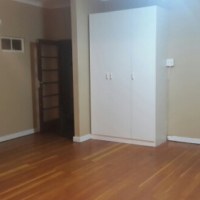 Large room to let in house in Silverton