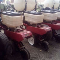 Massey Ferguson Used 8 ry massey 91 cm543 vacuum Planter