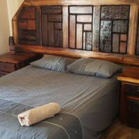 SLEEPER FURNITURE: Queen size Beds, headrests