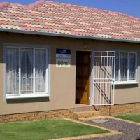 Open Plan 3 Bedroom House In Soweto