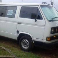 Selling Vw microbus 2.5i