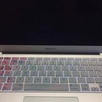MacBook Air 13.3 i5 - 128GB/1TB