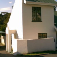 Two Bedroom Duplex Flat in Secure Complex in Coversham Glen