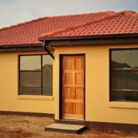 2-3 Bedroom Houses for sale in Lufhereng SOWETO