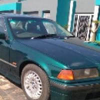 Call Haroon on 1996 BMW 318is e36