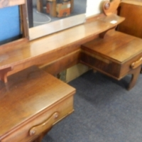 Wooden Dressing Table with Mirror