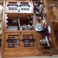 Side board cabinet