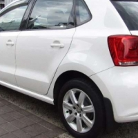 VW Polo 1.6 Comfortline with sunroof WE HAVE 3 IN STOCK