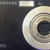 Samsung Digital ES11 Camera