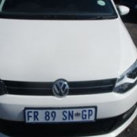 Polo 6 1,4 2013 Model,5 Doors factory A/C And C/D Player