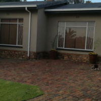 4 Bedroom house for rent in Raceview, Alberton R 13 500.00/month