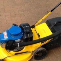 Professional Lawnmower Yamaha MT110 Engin for sale  Pretoria North
