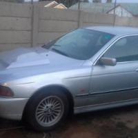 BMW 528 I 2000 model to swop