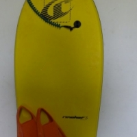 reef revolver 26' bodyboard with leash and flippers,