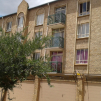 2 Bedroom Flat in Hatfield 300m from campus