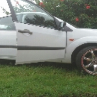 Ford fiasta to swop or 75000
