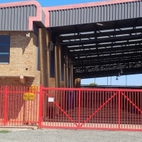 STREETFRONT WAREHOUSE AAA GRADE TO LET!!1000SQM with CRANE! undercover 1000sqm with offices