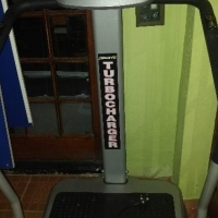 Vibrating slimming machine / Skudmasjien