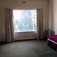 Nice spacious accommodation to share in Bramfischer drive - very close to republic road
