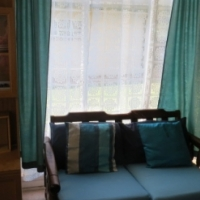 bachelor flat to rent