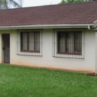 LARGE ONE BEDROOM GARDEN COTTAGE TO RENT