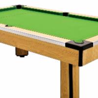 Shoot saloon pool table