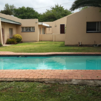 One Bedroom bachelors Bromhof Randburg. R4500.00/m Deposit the same