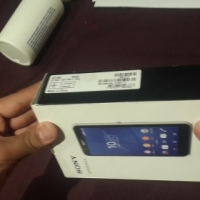 Samsung Galaxy S4 + Sony E4 to swap