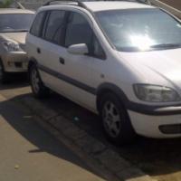 7 seater Opel Zafira