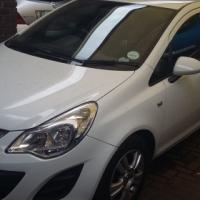 Opel corsa 1.4 essentia 5dr 2011
